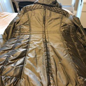 Warm and stylish winter light weight coat